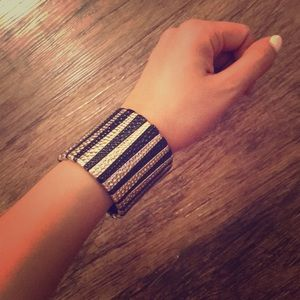 Bracelet gold and black